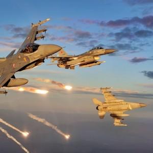 F16-Avoiding-Iraki-Missiles-video
