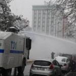 diyarbakir_daki_eyleme_polis_saldirdi_h59846_6c3af