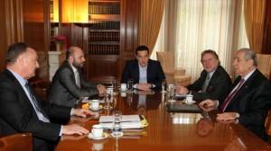 aleksis-tsipras-sunantisi-me-tous-proedrous-ton-epistimonikon-foreon