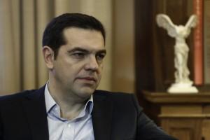 Ο Πρωθυπουργός Αλέξης Τσίπρας συνομιλεί με τον Πρόεδρο της Δημοκρατίας Προκόπη Παυλόπουλο (δεν εικονίζεται) κατά τη διάρκεια της συνάντησής τους, προκειμένου να τον ενημερώσει για τα αποτελέσματα της συνόδου κορυφής, Αθήνα, Σάββατο 20 Φεβρουαρίου 2016 ΑΠΕ-ΜΠΕ/ΑΠΕ-ΜΠΕ/ΓΙΑΝΝΗΣ ΚΟΛΕΣΙΔΗΣ
