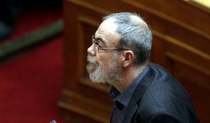 Ο βουλευτής του ΣΥΡΙΖΑ, Γιώργος Κυρίτσης ορκίζεται στην Ολομέλεια της Βουλής με πολιτικό όρκο, ο οποίος καταλαμβάνει την έδρα του Νίκου Χουντή, την Τετάρτη 15 Ιουλίου 2015. Άρχισε στην Ολομέλεια της Βουλής η συζήτηση του νομοσχεδίου με τα προαπαιτούμενα μέτρα της Συμφωνίας της Συνόδου Κορυφής της ΕΕ, των Βρυξελλών. Όπως αποφασίστηκε στη Διάσκεψη των προέδρων, μέχρι τις 12 τα μεσάνυχτα θα έχει ολοκληρωθεί η συζήτηση και ψήφιση του νομοσχεδίου. ΑΠΕ ΜΠΕ/ΑΠΕ ΜΠΕ/ΑΛΕΞΑΝΔΡΟΣ ΒΛΑΧΟΣ