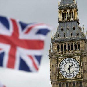 berolino-to-londino-ksanaskeftei-sunepeies-enos-brexit