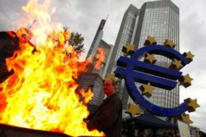 eurocrisis20_533_355