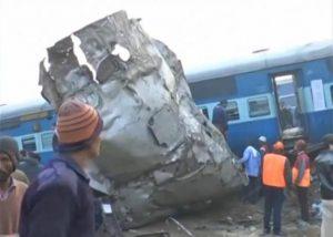 india-ektroxiasmos-trenou6