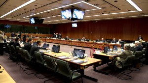 diapragmateusi---thriler-se-ekseliksi-to-eurogroup_7.w_hr