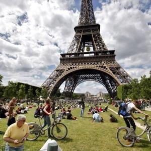 to-parisi-xoris-autokinito-mera