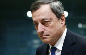European Central Bank (ECB) President Mario Draghi looks on at the start of a euro zone finance ministers meeting in Brussels February 16, 2015. Greece and its creditors made little progress in recent days towards an interim funding deal, officials involved in the talks said, citing wide differences over how the Athens government can deliver on election promises and satisfy lenders.  REUTERS/Francois Lenoir (BELGIUM - Tags: POLITICS BUSINESS HEADSHOT)