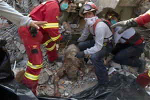 ap-the-latest-spain-sends-quake-rescue-team-to-ecuador