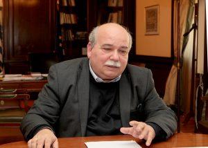 Ο Υπουργός Εσωτερικών - Διοίκησης Ανασυγκρότησης Νίκος Βούτσης στο γραφείο του στο υπουργείο , Τρίτη 3 Μαρτίου 2015. Με τον Δήμαρχο της Αθήνας Γιώργο Καμίνη είχε συνάντηση ο Υπουργός Εσωτερικών - Διοίκησης Ανασυγκρότησης Νίκος Βούτσης. ΑΠΕ-ΜΠΕ/ΑΠΕ-ΜΠΕ/Παντελής Σαίτας