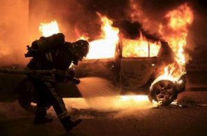 car-arson-01