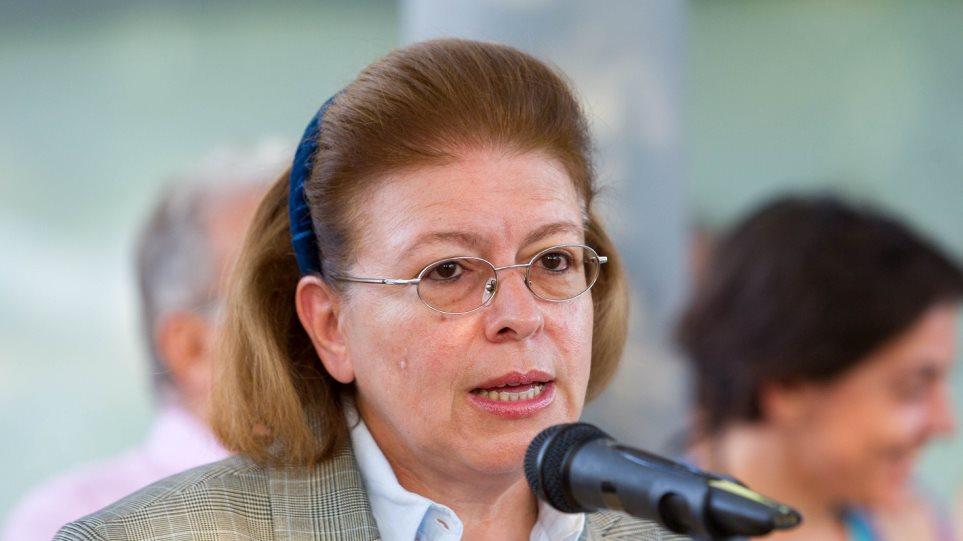 Αποτέλεσμα εικόνας για Η υπουργός Πολιτισμού στους Φούρνους και στην Ικαρία